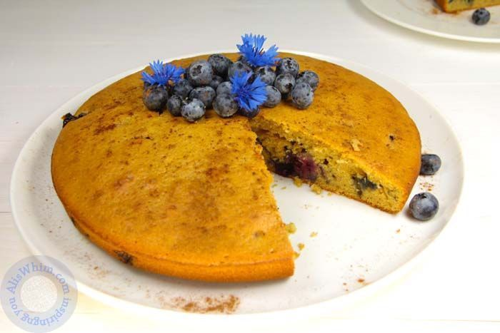 Blueberry and cinnamon cake