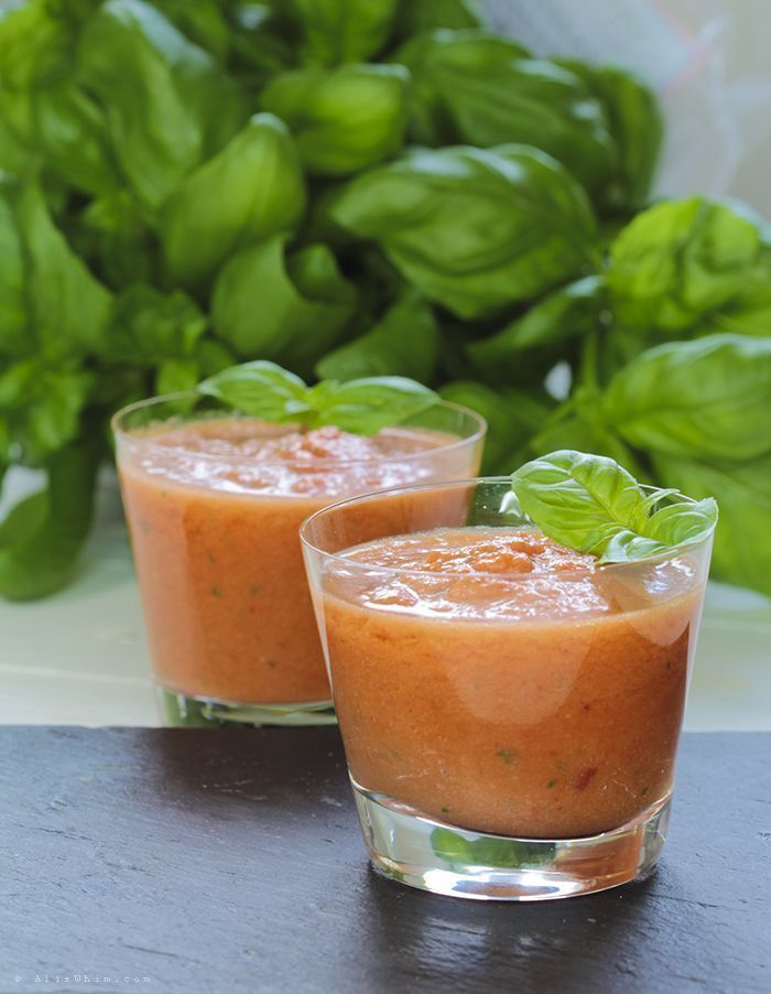 Pepper and tomato gazpacho with basil